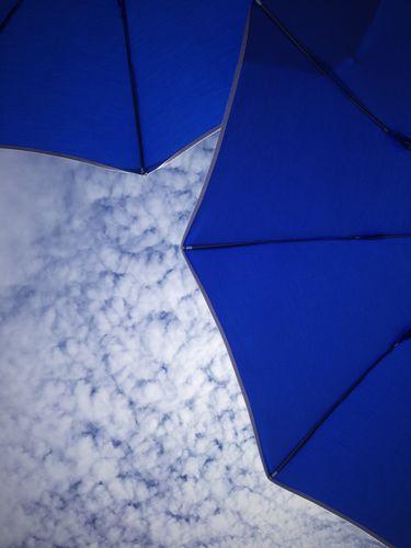 Umbrellas (ellas ellas)