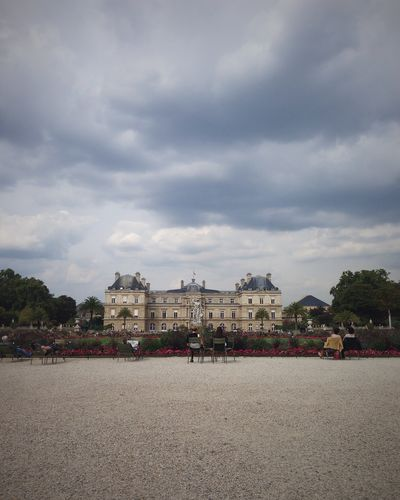 An Overcast Palais du Luxembourg
