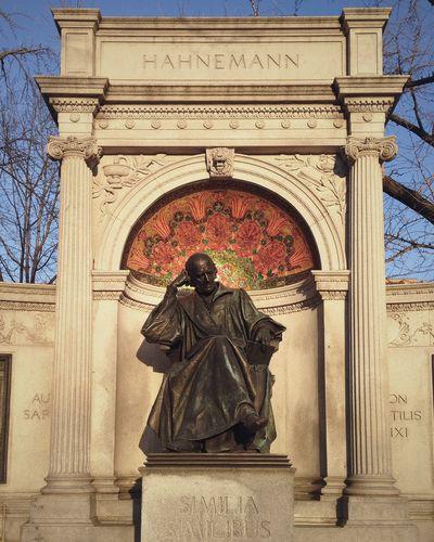 Samuel Hahnemann Monument